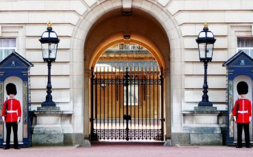 buckingham-palace-978830_1280